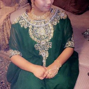 Dresses & Skirts - Green kaftan